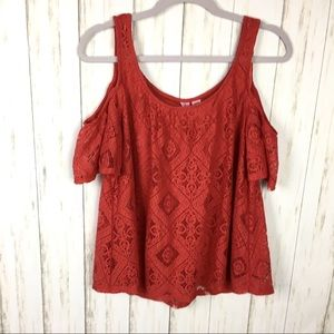 Love On a Hanger Lace Top Size L